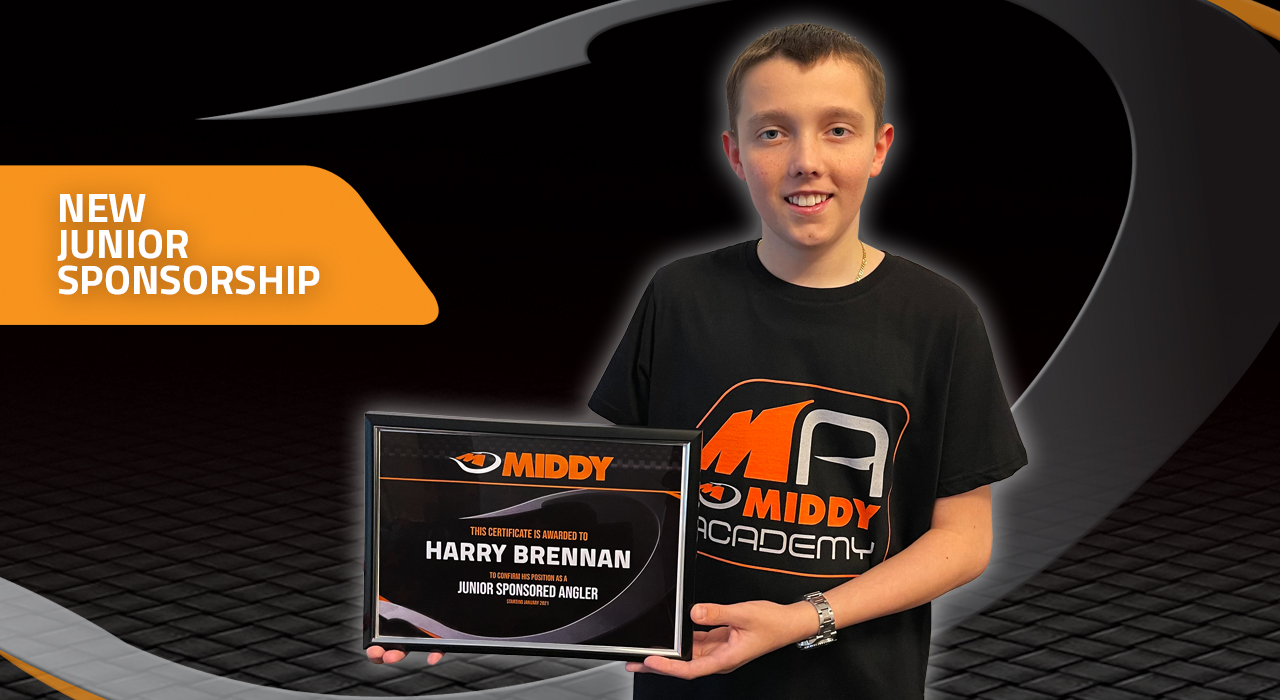 https://www.middytackle.com/img/content/news/photos/Harry Brennan junior signing announcement web image.jpg